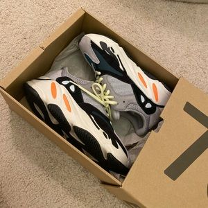 Authentic Yeezy Waverunner 700